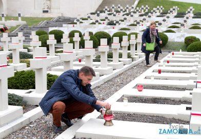 Światełko Dla Orląt na Cmentarzu Obrońców Lwowa