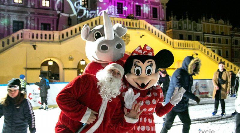 Mikołaj zawitał na lodowisko