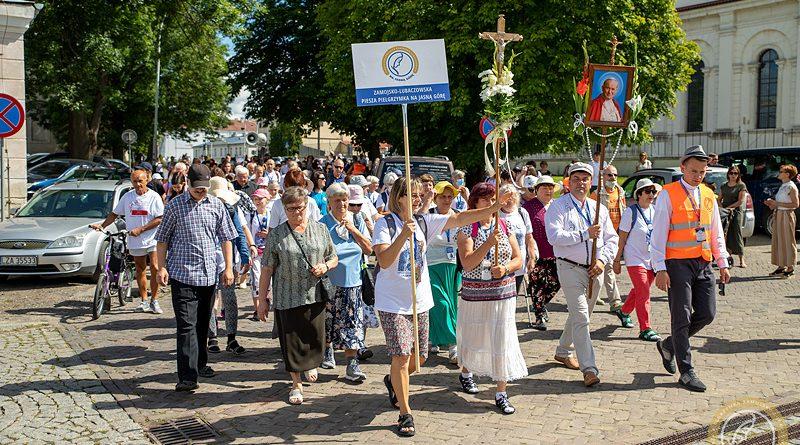 38. Zamojsko-Lubaczowska Piesza Pielgrzymka na Jasną Górę wyruszyła z Zamościa