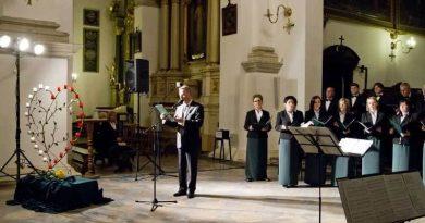 """6 kwietnia 2014 r. ,,II Crux Fidelis – Zamość 2014."""" – Koncert w Zamojskiej Katedrze."""