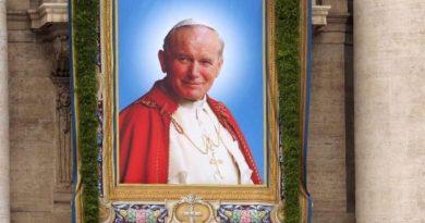 Śladami Jana Pawła II z Markiem Marcolą