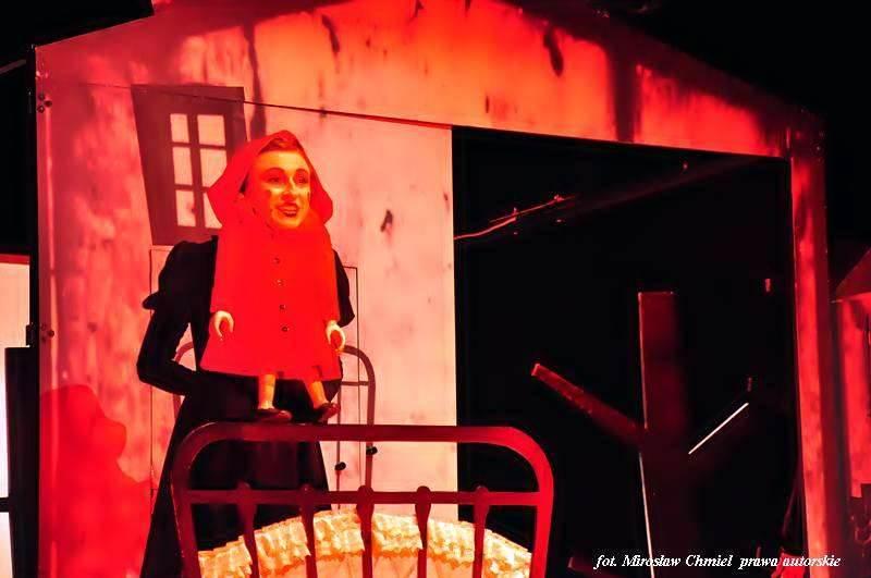 """""""Czerwony Kapturek"""" w ramach Jesieni Teatralnej – ZDK, 22.10.2014 r."""