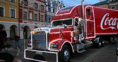 Legendarne ciężarówki Coca-Coli na Rynku Wielkim – 17.12.2014 r.