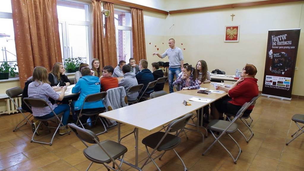 Uczniowie gimnazjum tworzą opowiadania grozy! – warsztaty z Horrorem na Roztoczu