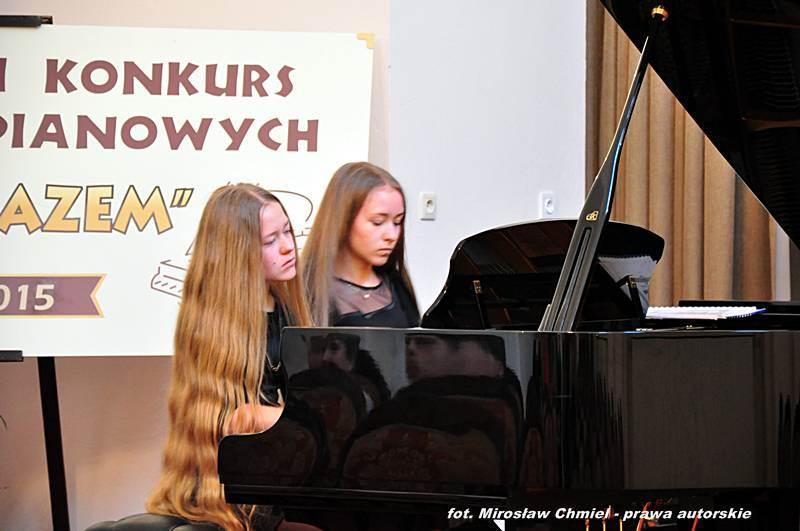 """IV  Ogólnopolski Konkurs Duetów Fortepianowych """"Grajmy razem"""""""