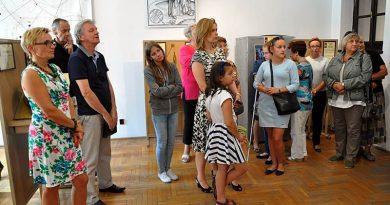 """Otwarcie wystawy """"Nauki dawne i niedawne"""" – 20.08.2015"""