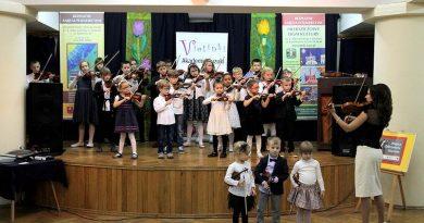 Inaugurcja piątego roku szkolnego Akademii Rozwoju Talentu Violinki