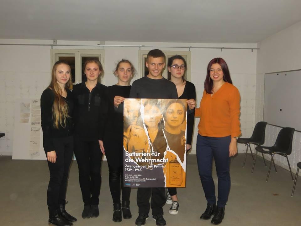 Polska grupa z opiekunem