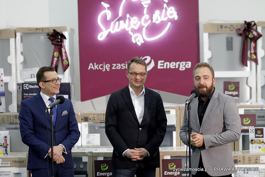 """Miasto odebrało nagrody za zwycięstwo w """"Świeć się z Energą""""."""