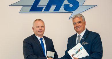 NEWAG z umową na modernizację lokomotyw dla PKP LHS