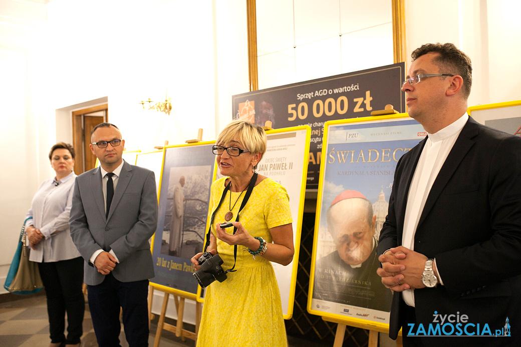 Wystawa o Janie Pawle II w zamojskim Ratuszu