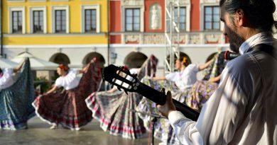 Międzynarodowy folklor znowu zawitał do Zamościa…