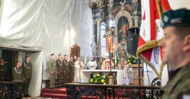 Hetman Zamoyski już oficjalnie patronem 32. WOGu – msza św.