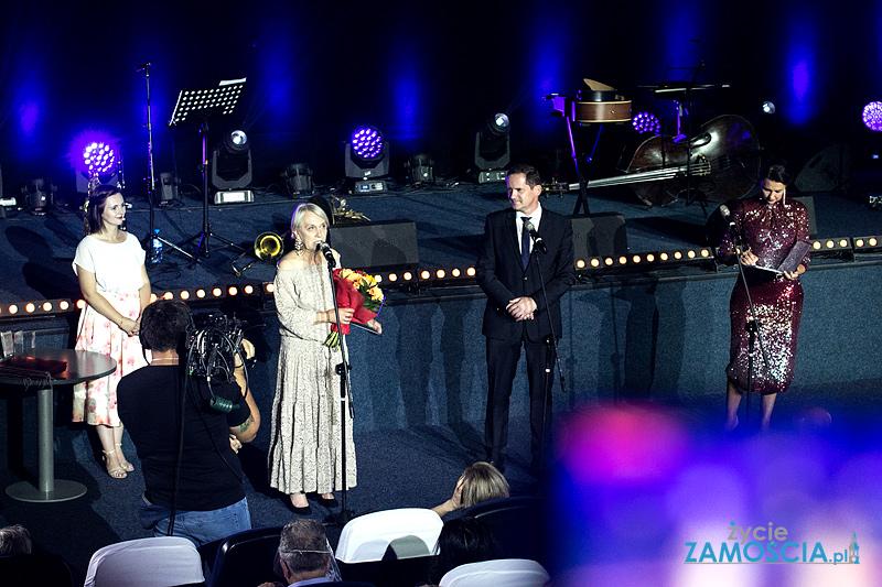 """Rozdano nagrody 8. Zamojskiego Festiwalu Filmowego """"Spotkania z historią"""" (22-08)"""