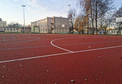 Nowe boisko dla szkoły i mieszkańców